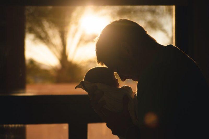 tata i beba